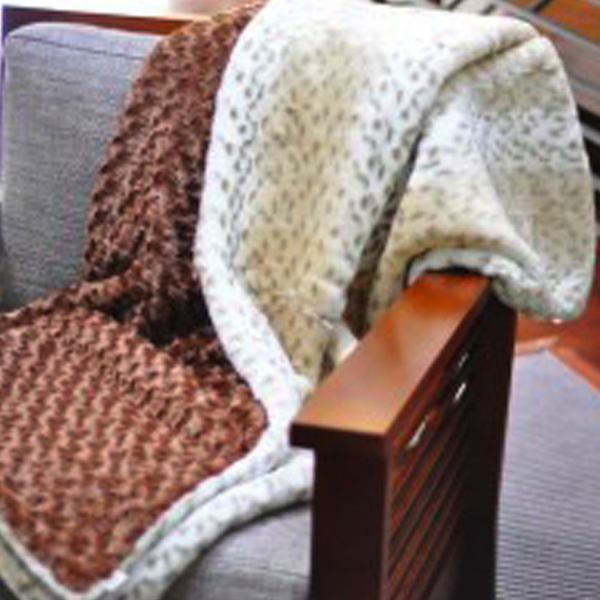 DECORATE THE EASY WAY WITH DESIGNER THROWS