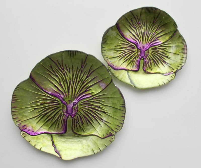 Pansy Canape Plate Green/Purple