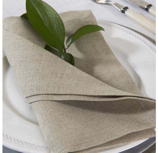 Beige Linen Napkins from belleandjune.com | tabletop